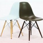Eames Chair Wood (Medium)