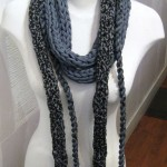 Neck Twist Lace Navy (Medium)