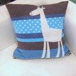 Kids Giraffe Pillow_16x16 (Medium)