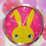 Peekaboo Wall Clock (Medium)