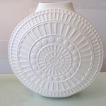 White Porcelain Vase (Medium)